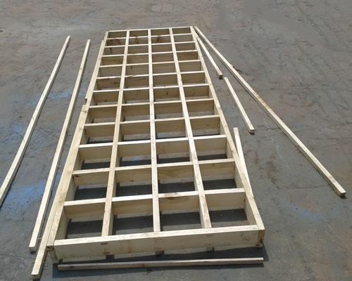 直线振动筛的木质筛框具有哪些特点?